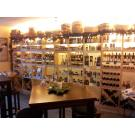 Casiers à vin en bois pour votre boutique. Le système modulaire Kabinett. Très attrayant!